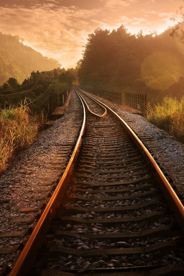 铁路日落 库存图片