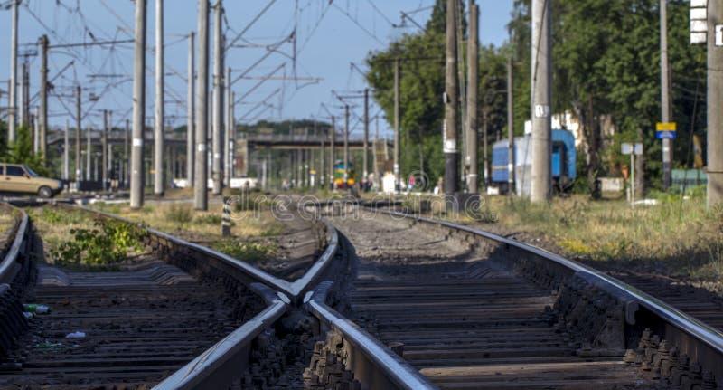 铁路轨道,高速路轨铁路pointwork 库存照片