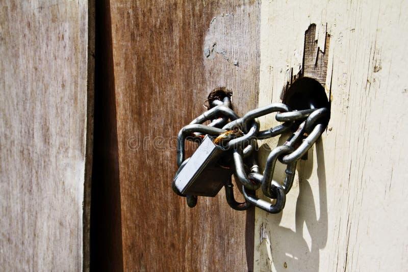铁链扣锁 库存图片