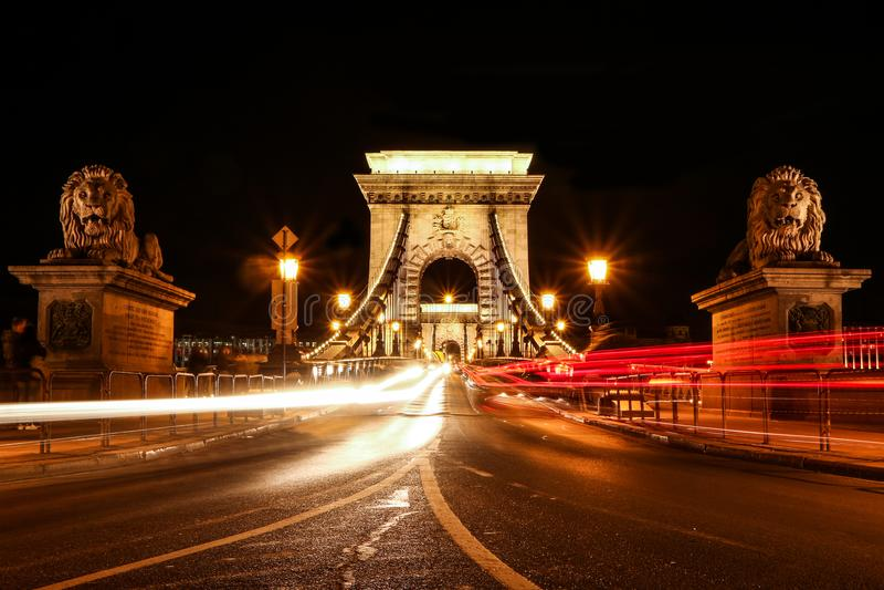 铁锁式桥梁在布达佩斯在匈牙利 免版税库存照片