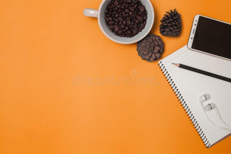 铅笔和咖啡与空间 免版税图库摄影