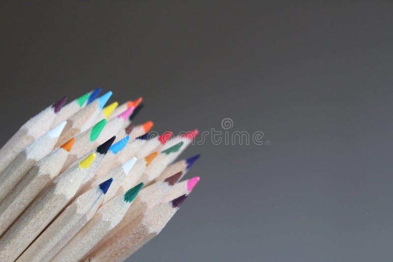 铅笔蜡笔技巧特写镜头  免版税库存照片