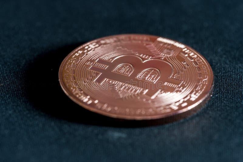 铜币隐藏货币bitcoin 免版税库存图片