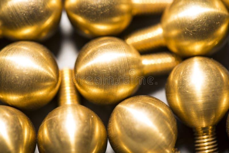 Download 黄铜螺丝当屏幕保护者 库存图片. 图片 包括有 建筑, 背包, 行业, 高雅, 生锈, 屏幕, 照片, 风镜 - 30327215