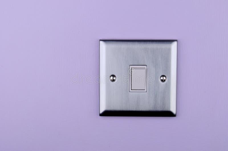 铝牌照切换墙壁 免版税库存照片