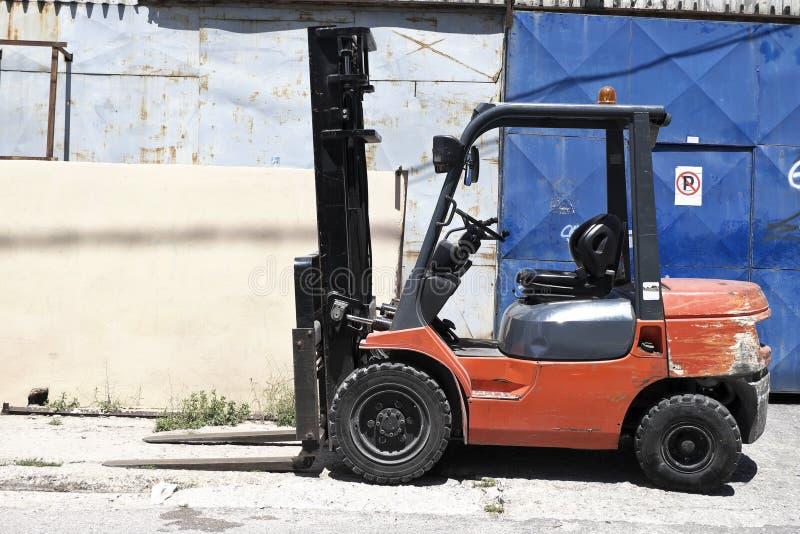 铲车装载者卡车 免版税库存图片