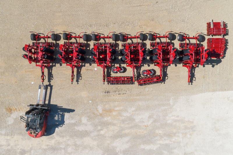铲车运输圆盘耙 运输设备 图库摄影