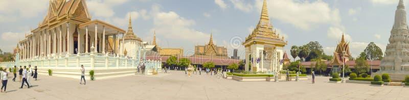 银色塔全景在奥斯陆王宫在金边柬埔寨 免版税库存照片