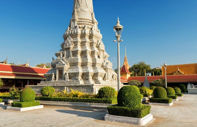 银色塔/王宫,金边,柬埔寨 免版税图库摄影
