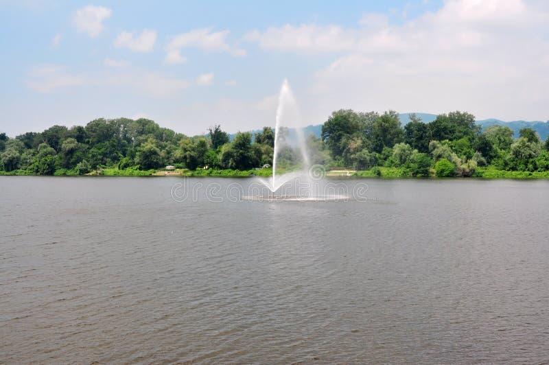 银色湖 免版税图库摄影