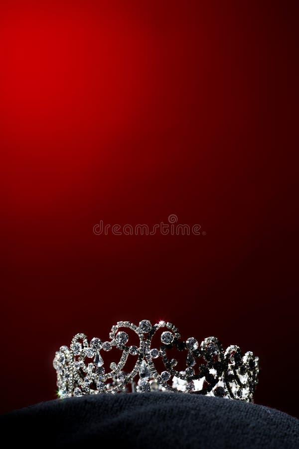 银色金刚石冠Pageant小姐选美 免版税库存图片