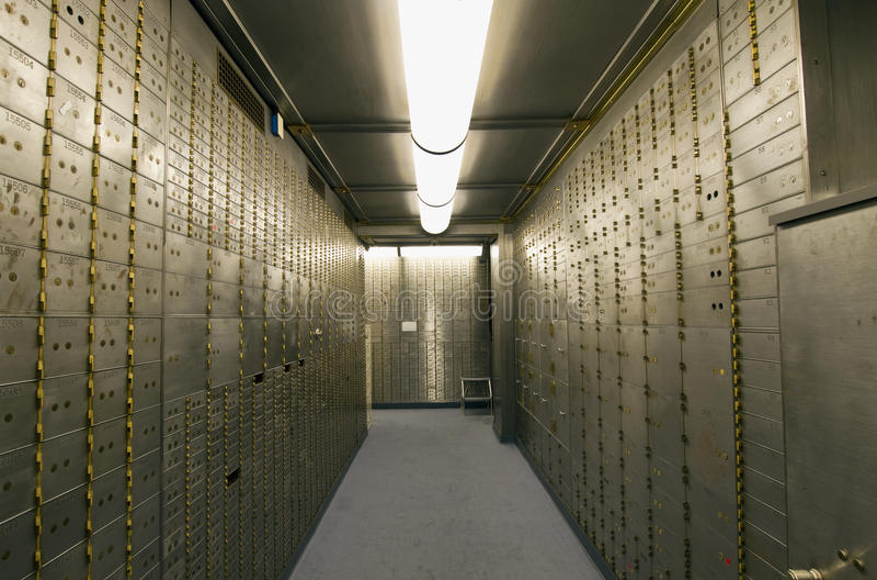 银行配件箱定金安全穹顶 库存图片