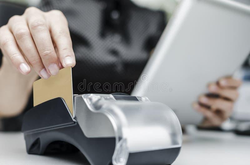 银行终端和片剂个人计算机 库存图片