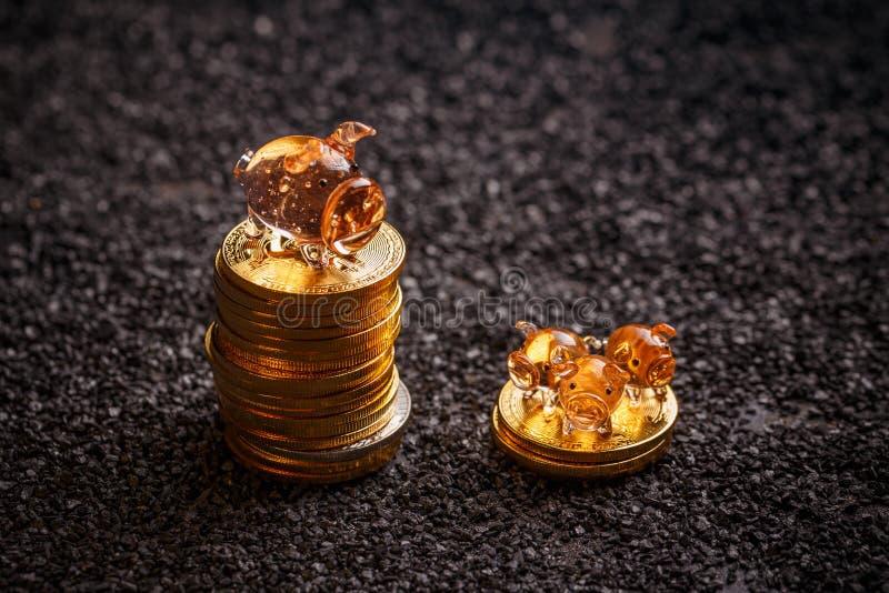 铸造概念保证金堆保护的节省额 图库摄影