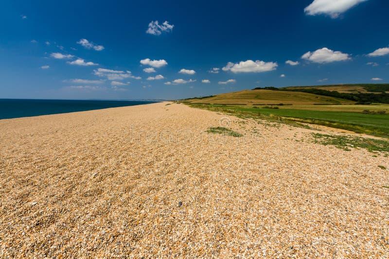 铺石渣海滩, Chesil银行的末端 库存图片
