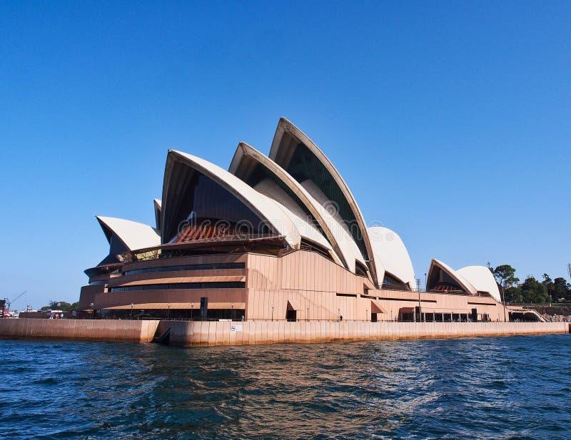 铺磁砖的白色壳,悉尼歌剧院,澳大利亚. 澳洲, 精采.图片