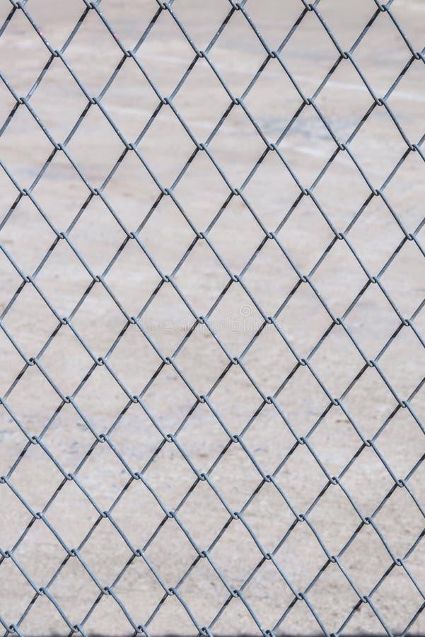 链栏链接模式 无缝钢链笼纹黑网背景壁纸 免版税图库摄影