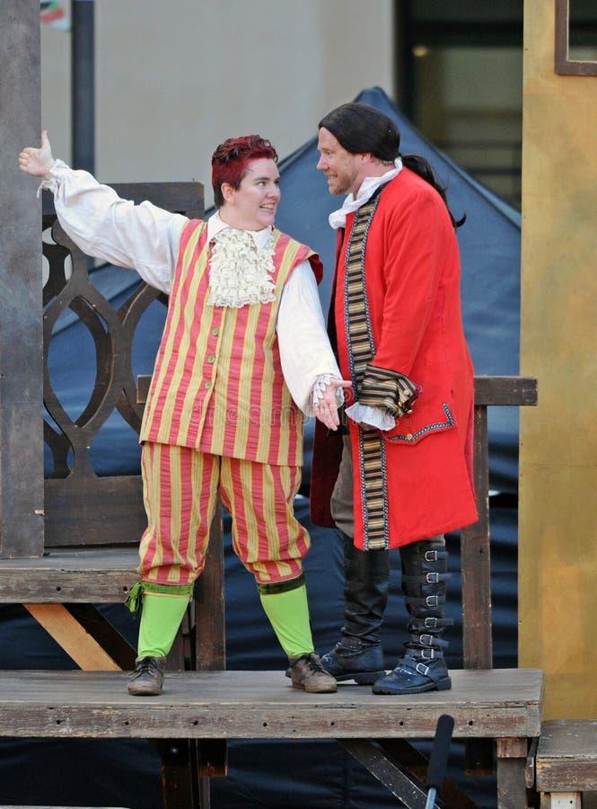 错误喜剧,由海的莎士比亚创价大学的,亚里索维耶荷,2019年8月07日 免版税库存图片