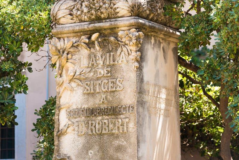 锡切斯, CATALUNYA,西班牙- 2017年6月20日:纪念碑Al罗伯特医生 特写镜头 库存照片