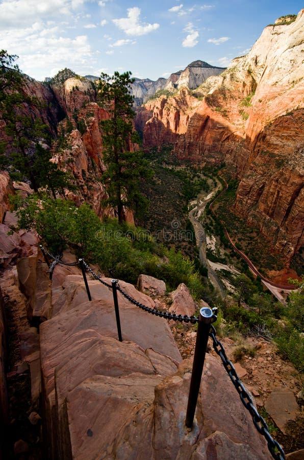 锡安峡谷如被看见从登陆在锡安国家公园的天使 库存图片