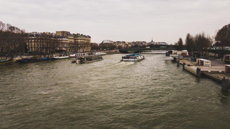 锡耶纳巴黎河 免版税库存图片