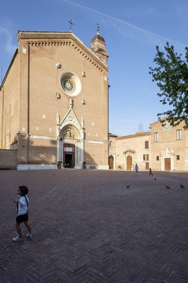 锡耶纳托斯卡纳意大利欧洲圣弗朗西斯的正方形 免版税库存图片