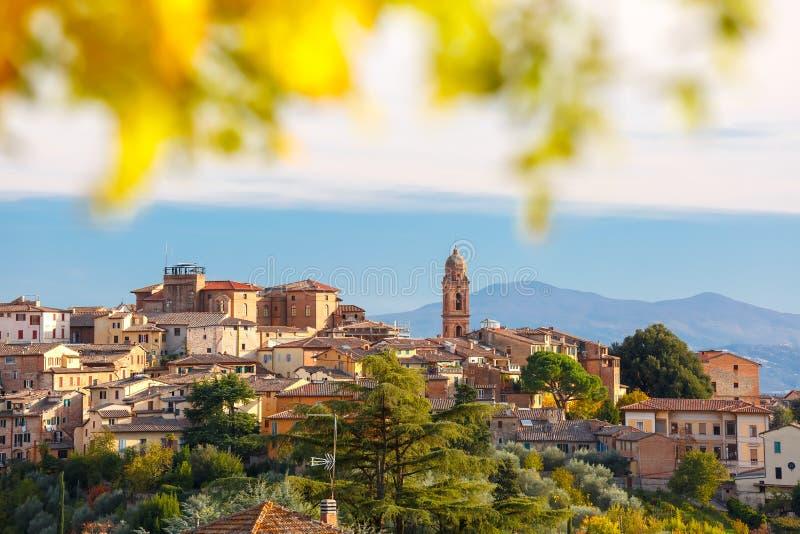 锡耶纳老镇在晴天,托斯卡纳,意大利 库存照片