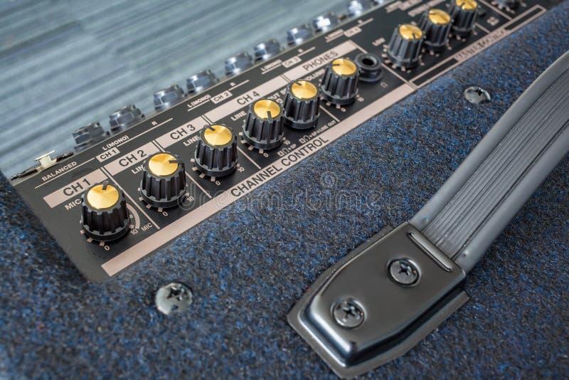 键盘功率放大器按钮  免版税库存图片