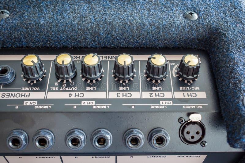 键盘功率放大器按钮  免版税库存照片