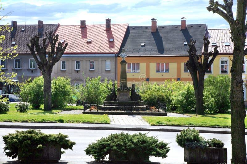 镇中心Cerveny Kostelec,捷克 免版税库存图片