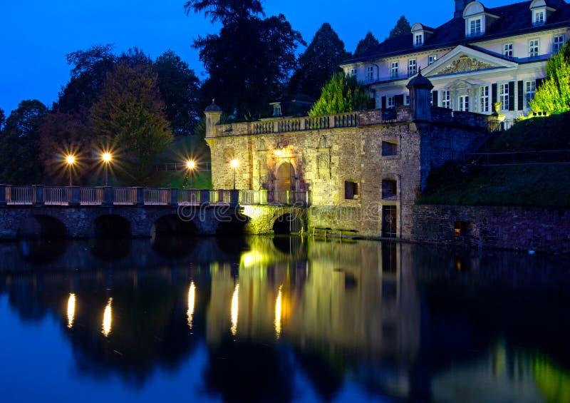 镇巴德皮尔蒙特老城堡在德国 库存图片