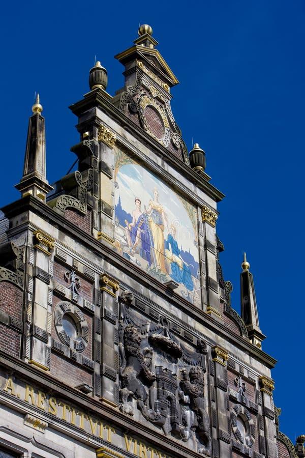 镇hall& x27;s细节,阿尔克马尔,荷兰 免版税库存图片