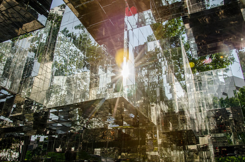 从镜子块的光 免版税库存照片