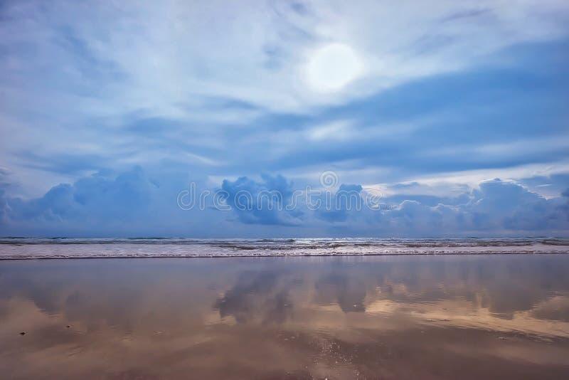 镜子沙子 免版税库存图片