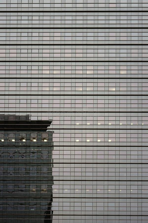 镜子玻璃门面摩天大楼Kastor法兰克福 库存图片