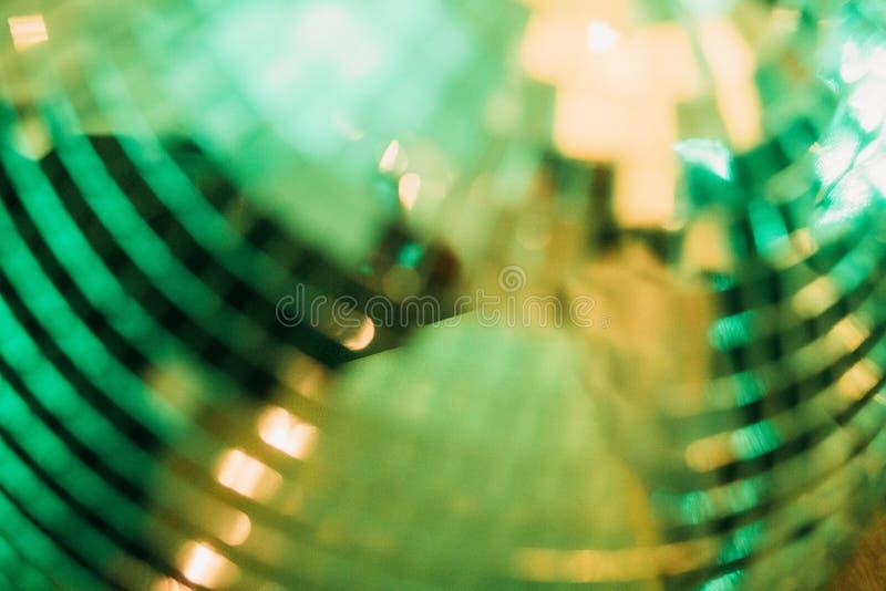 镜子球节日晚会俱乐部反射光 免版税库存照片
