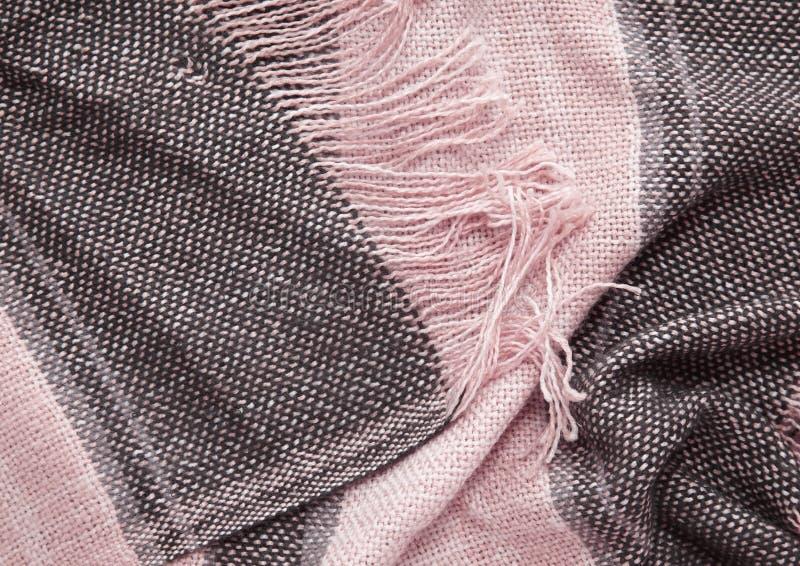 Download 镶边围巾被编织的织品特写镜头 库存图片. 图片 包括有 装饰, 模式, 特写镜头, 缨子, 织品, 背包 - 72364183