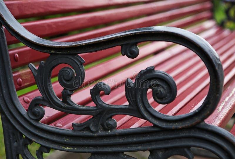 长凳的金属胳膊 免版税库存照片