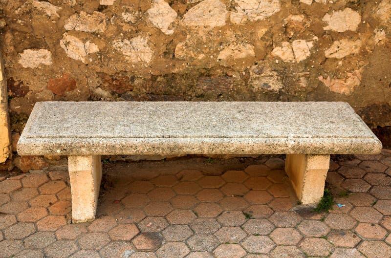 长凳石头 免版税库存照片