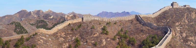 长城在近金山岭部分的全景视图在北京附近 库存图片