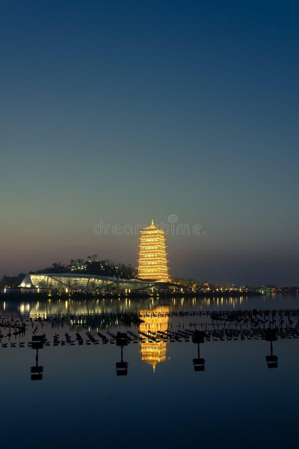 长安塔在晚上,西安,陕西,中国新的地标  免版税图库摄影