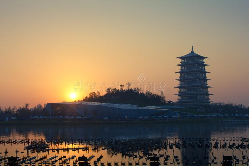 长安塔在晚上,西安,陕西,瓷新的地标  库存照片