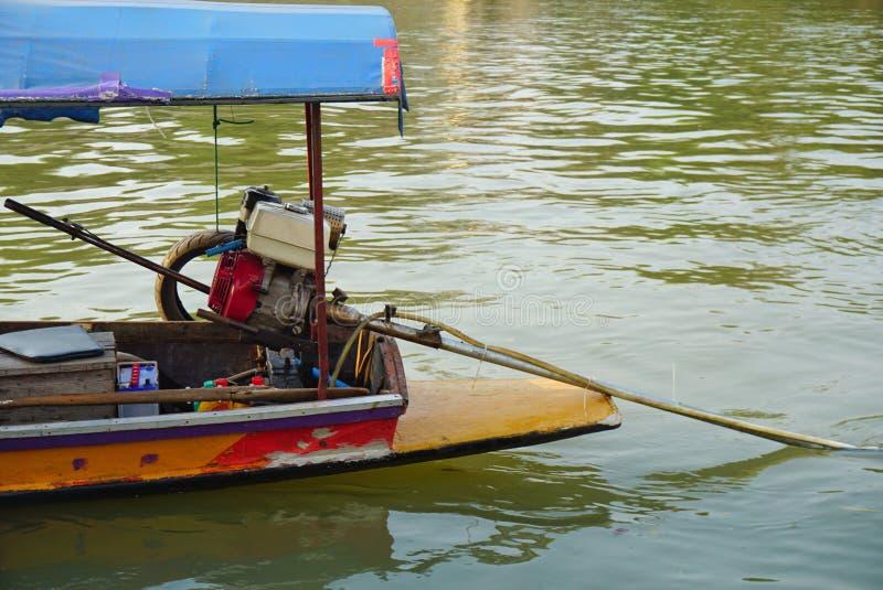 长尾的小船 库存图片