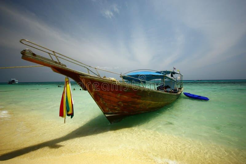 长尾巴小船, Krabi,泰国 免版税库存照片