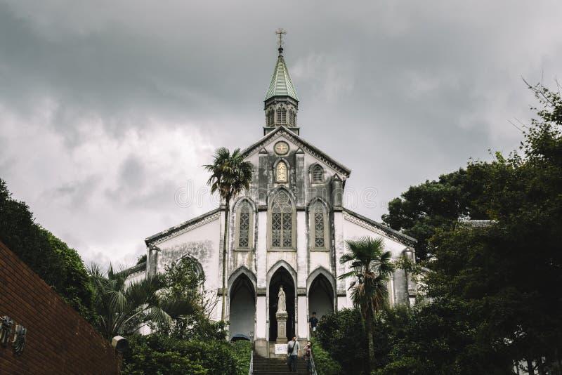 长崎,九州,日本- 2017年10月7日:日本的二十六个圣洁受难者的大教堂 并且Ōura教会或者Ōura Tenshudō 库存照片