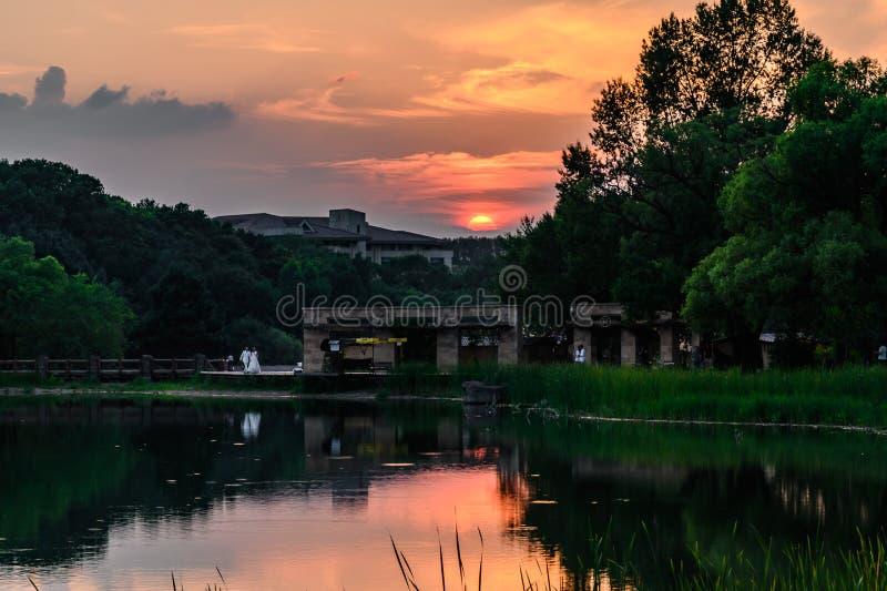 长春市景月坛国家森林公园夕阳景观 免版税库存图片