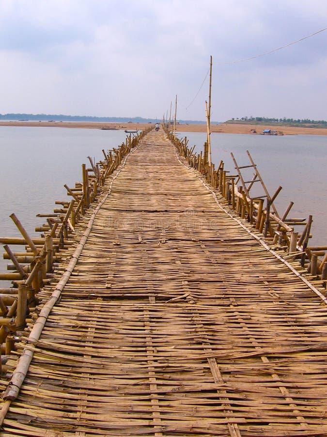 长期竹桥梁部落 免版税库存照片