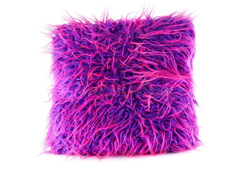 长毛的枕头粉红色紫色 免版税库存照片
