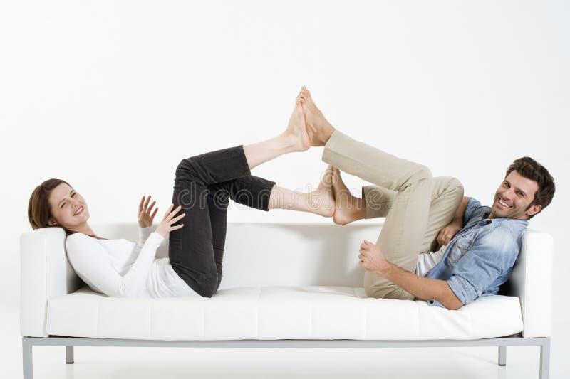长沙发夫妇 免版税库存图片