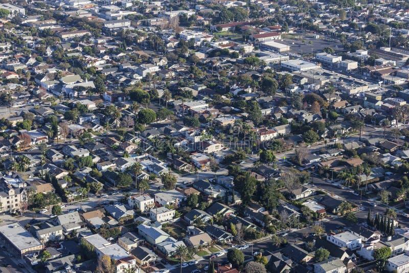 长滩罗斯的公园和空中曼哈顿东区的邻里的街道 库存图片